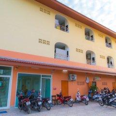 Отель Smile Residence Таиланд, Бухта Чалонг - 2 отзыва об отеле, цены и фото номеров - забронировать отель Smile Residence онлайн парковка