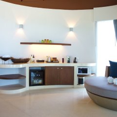 Отель Mai Khao Lak Beach Resort & Spa в номере