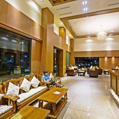 Отель Airport Resort & Spa интерьер отеля