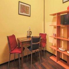 Гостиница Меблированные комнаты комфорт Австрийский Дворик Стандартный номер с двуспальной кроватью фото 27