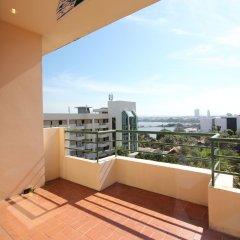 Отель Garden Sea View Resort Таиланд, Паттайя - 4 отзыва об отеле, цены и фото номеров - забронировать отель Garden Sea View Resort онлайн балкон