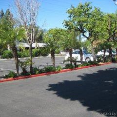 Отель Holiday Inn Express VAN NUYS США, Лос-Анджелес - отзывы, цены и фото номеров - забронировать отель Holiday Inn Express VAN NUYS онлайн парковка