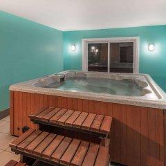 Отель Howard Johnson by Wyndham Quebec City Канада, Квебек - отзывы, цены и фото номеров - забронировать отель Howard Johnson by Wyndham Quebec City онлайн бассейн