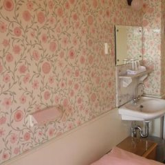 Отель Museumzicht Нидерланды, Амстердам - 1 отзыв об отеле, цены и фото номеров - забронировать отель Museumzicht онлайн ванная фото 2