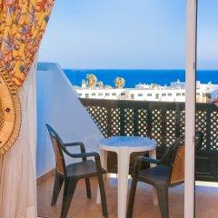 Отель Blue Sea Costa Bastián пляж
