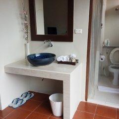 Отель Sino House Phuket Hotel Таиланд, Пхукет - отзывы, цены и фото номеров - забронировать отель Sino House Phuket Hotel онлайн ванная фото 2
