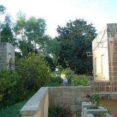 Отель Odysseus Court Gozo Мальта, Мунксар - отзывы, цены и фото номеров - забронировать отель Odysseus Court Gozo онлайн балкон