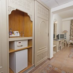 Отель Sentido Mamlouk Palace Resort Египет, Хургада - 1 отзыв об отеле, цены и фото номеров - забронировать отель Sentido Mamlouk Palace Resort онлайн сейф в номере