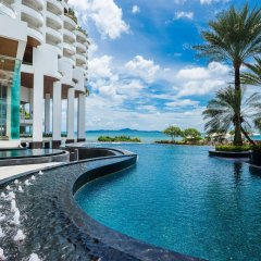 Royal Cliff Grand Hotel бассейн
