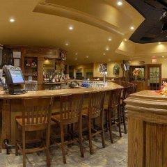 Отель Travelodge by Wyndham Ottawa East Канада, Оттава - отзывы, цены и фото номеров - забронировать отель Travelodge by Wyndham Ottawa East онлайн гостиничный бар