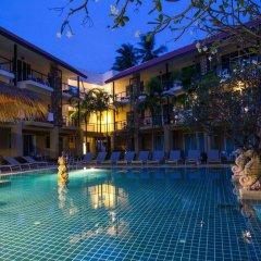 Отель Baan Karon Resort бассейн фото 3