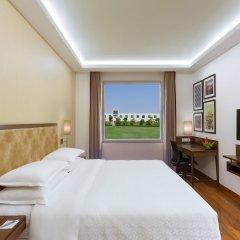 Отель Four Points by Sheraton New Delhi, Airport Highway комната для гостей фото 2