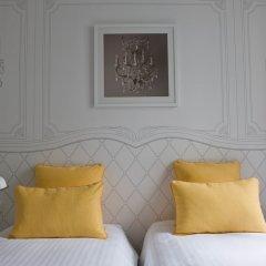 Отель Joyce - Astotel Париж сейф в номере