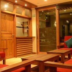 Отель Maakanaa Lodge Мальдивы, Мале - отзывы, цены и фото номеров - забронировать отель Maakanaa Lodge онлайн гостиничный бар