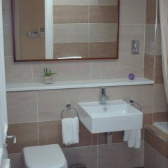 Отель Dreamhouse Apartments Edinburgh West End Великобритания, Эдинбург - отзывы, цены и фото номеров - забронировать отель Dreamhouse Apartments Edinburgh West End онлайн ванная