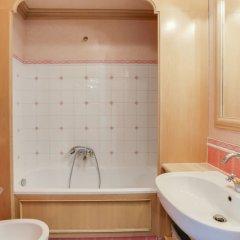 Отель Galets d'Azur Promenade des Anglais Франция, Ницца - отзывы, цены и фото номеров - забронировать отель Galets d'Azur Promenade des Anglais онлайн ванная