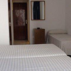 Отель Hostal Gami комната для гостей