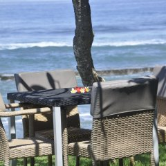 Отель Bayshore Villas Candi Dasa Индонезия, Бали - отзывы, цены и фото номеров - забронировать отель Bayshore Villas Candi Dasa онлайн пляж фото 2