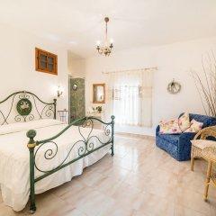 Отель B&B La Bouganville Италия, Фонди - отзывы, цены и фото номеров - забронировать отель B&B La Bouganville онлайн комната для гостей фото 4