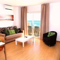 Отель Apartamentos Vega Sol Playa Испания, Фуэнхирола - отзывы, цены и фото номеров - забронировать отель Apartamentos Vega Sol Playa онлайн комната для гостей
