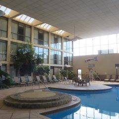 Отель Days Inn Columbus Airport США, Колумбус - отзывы, цены и фото номеров - забронировать отель Days Inn Columbus Airport онлайн бассейн фото 2