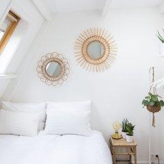 Отель Cornelis Luxury Guesthouse Нидерланды, Амстердам - отзывы, цены и фото номеров - забронировать отель Cornelis Luxury Guesthouse онлайн комната для гостей фото 3