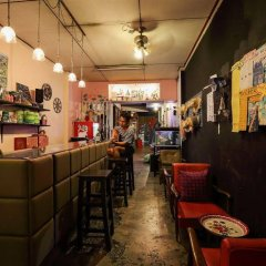 Отель Phuket 43 Guesthouse гостиничный бар