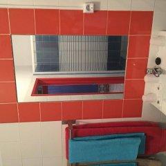 Отель B.Mar Hostel & Suites Португалия, Лиссабон - отзывы, цены и фото номеров - забронировать отель B.Mar Hostel & Suites онлайн ванная