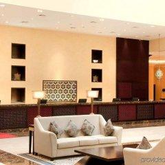 Отель Hilton Ras Al Khaimah Resort & Spa интерьер отеля
