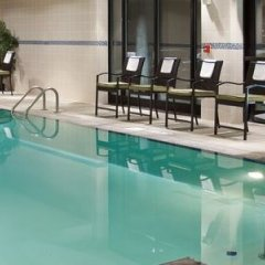 Отель Holiday Inn Columbus-Hilliard бассейн