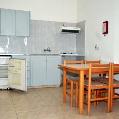 DebbieXenia Hotel Apartments в номере фото 2