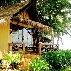 Отель Nautilus Right On The Beach Resort Ланта гостиничный бар
