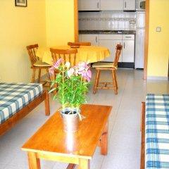Отель PA Apartamentos Ses Illes Испания, Бланес - отзывы, цены и фото номеров - забронировать отель PA Apartamentos Ses Illes онлайн комната для гостей фото 5