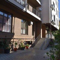 Гостиница Kvartira u morya 2 в Сочи отзывы, цены и фото номеров - забронировать гостиницу Kvartira u morya 2 онлайн вид на фасад