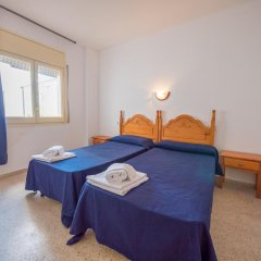 Отель Apartamentos AR Dalia Испания, Льорет-де-Мар - отзывы, цены и фото номеров - забронировать отель Apartamentos AR Dalia онлайн комната для гостей фото 2