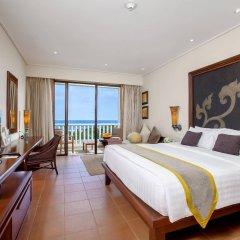 Отель Movenpick Resort & Spa Karon Beach Phuket Таиланд, Пхукет - 4 отзыва об отеле, цены и фото номеров - забронировать отель Movenpick Resort & Spa Karon Beach Phuket онлайн комната для гостей фото 3