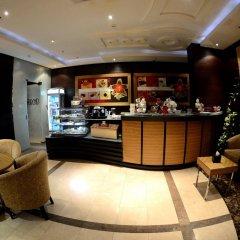 Rose Garden Hotel гостиничный бар