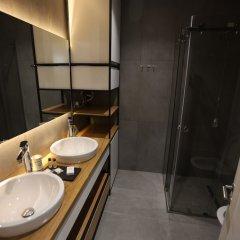 Отель Boutique Hotel Whisky Албания, Тирана - отзывы, цены и фото номеров - забронировать отель Boutique Hotel Whisky онлайн ванная