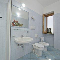 Отель Agriturismo Mare e Monti Аджерола ванная фото 2