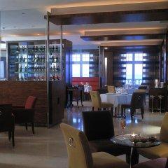 Отель Praia D'El Rey Marriott Golf & Beach Resort гостиничный бар