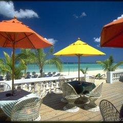 Отель Legends Beach Resort Ямайка, Негрил - отзывы, цены и фото номеров - забронировать отель Legends Beach Resort онлайн пляж фото 2