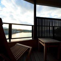 Отель Hinanosato Sanyoukan Япония, Хита - отзывы, цены и фото номеров - забронировать отель Hinanosato Sanyoukan онлайн балкон