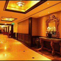 Arabian Courtyard Hotel & Spa интерьер отеля