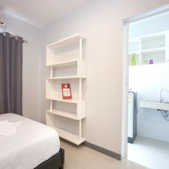 Отель Nida Rooms Hanuman Rom Klao сейф в номере