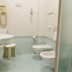 Отель Antiche Terme Ariston Molino Италия, Абано-Терме - отзывы, цены и фото номеров - забронировать отель Antiche Terme Ariston Molino онлайн ванная