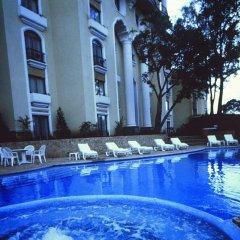 Отель Hilton Guatemala City бассейн