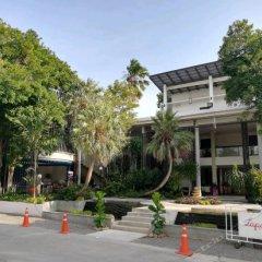 Отель The Lapa Hua Hin парковка