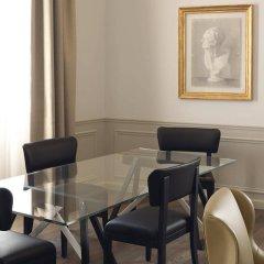 Отель The St. Regis Florence комната для гостей фото 4
