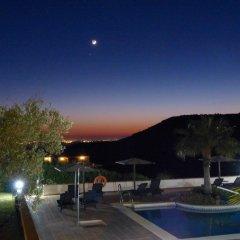 Отель Sindhura Испания, Вехер-де-ла-Фронтера - отзывы, цены и фото номеров - забронировать отель Sindhura онлайн бассейн
