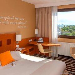 Отель Novotel Gdansk Marina Польша, Гданьск - 1 отзыв об отеле, цены и фото номеров - забронировать отель Novotel Gdansk Marina онлайн комната для гостей